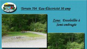 Terrain 704